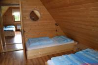 Ložnice starší chalupa 1